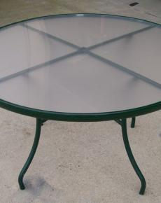 Round glass top exterior table
